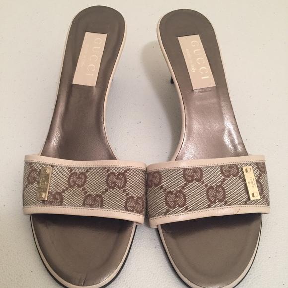 c0faaa128 Gucci Shoes | Gg Monogram Canvas Leather Logo Beige Sandal | Poshmark